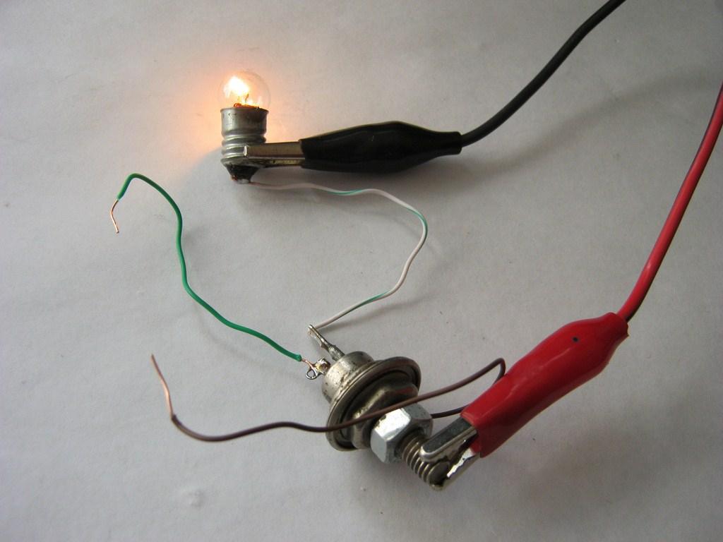 мир электроники - Как проверить тиристор